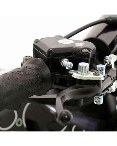 Mini Quad Toxic 50cc - Dettaglio Comando con Sistema di Sicurezza