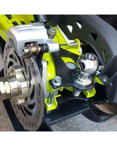 Maxi Quad Hunter Pro 200cc - Dettaglio Disco Posteriore e Gancio Traino